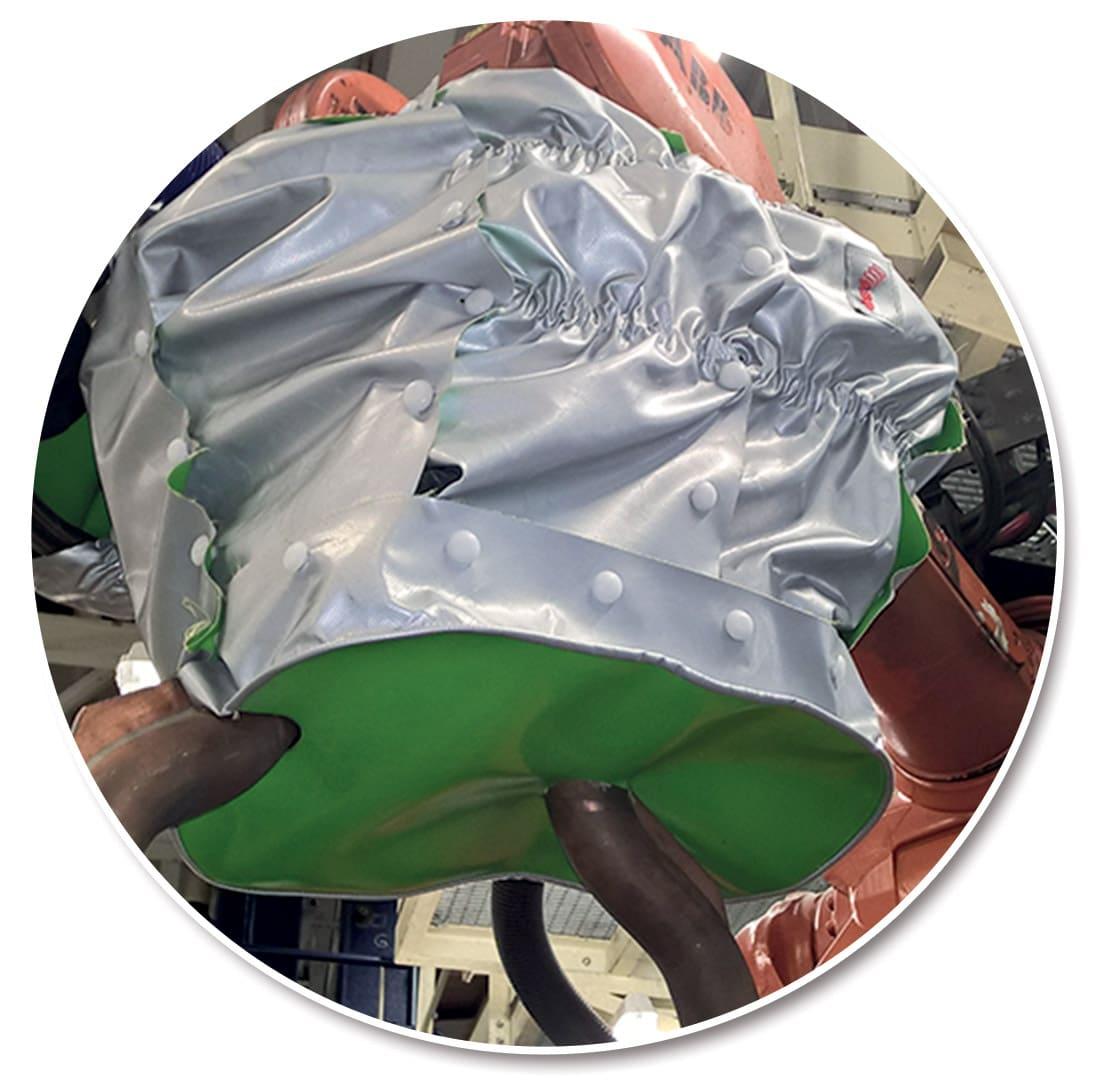 protection robot fanuc housse de corps Lebronze Alloys lbm industries